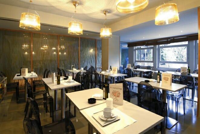 Aris Bar, una divertida alternativa de Juan Pablo Felipe
