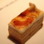 Foie y queso de cabra con manzana verde caramelizada