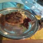 Salmorejo de fresón con ahumado, lentejas con curry y crema de alcachofas con pistachos