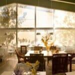 El restaurante dispone de una sala abierta y luminosa