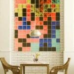 Los murales aportan colorido y modernismo al entorno del restaurante