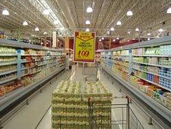 El gasto de las familas españolas en productos básicos ha bajadorespecto al pasado año por efecto de la crisis