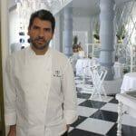 Paco Roncero ante la recientemente renovada sala de La Terraza del Casino