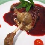 Confit de pato en confitura de frambuesa