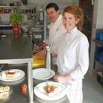 Pablo García y su hija Leticia, almas de la buena cocina de La Cochera