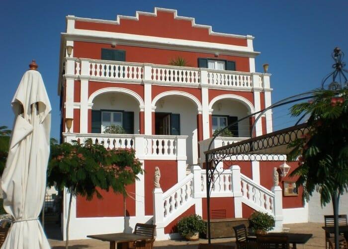 Menorca, piedra y mar