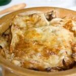 Sopa Valpelemense, se hace con col y es muy calórica para los días de más frío