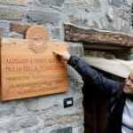 La Azienda admite visitas y permite la compra de quesos y mantequilla in situ