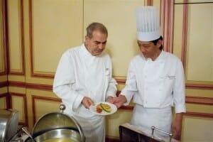 Shalom Kadosh prepara en el Hotel Palace de Madrid su cocina Caser