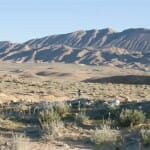 Bella imagen del desierto con el Atlas al fondo