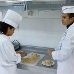 En el propio museo Eden-Palm se fabrica la pasta de dátil con la que se preparan muchísimos dulces