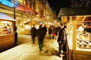 En los mercadillos de navidad se puede encontrar artesanía y productos locales para disfrutar durante las fiestas (c) Joseph Jeanmart