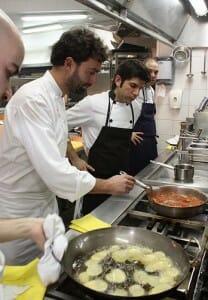 José Luis Estevan, en la cocina de Lágrimas Negras