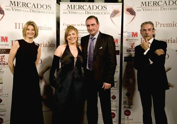 Mónica Muñoz, Presidenta de CEV; Pilar Pulido, Directora de APYCE; Carlos Herrera y Jose Ramón Lisarrague