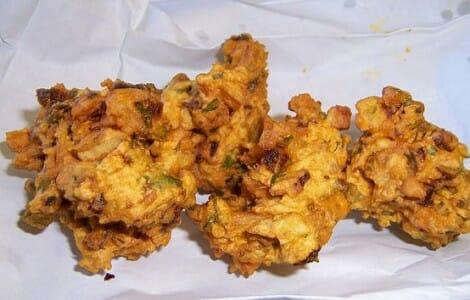 La Pakkoora omaní es parecida a nuestra empanadilla