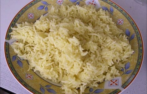 Arroz blanco con azafrán