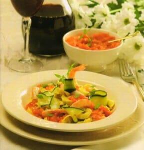 Aunque Benedicto XVI no es un gran gastrónomo, uno de sus platos favoritos es esta uno de sus platos preferidos Pasta fresca con frutos del mar