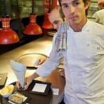 Nino Redruello en la cocina de la Gabinoteca