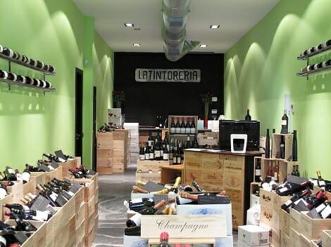 Latintorería es una tienda, y también es el punto de encuentro de profesionales y amantes del vino