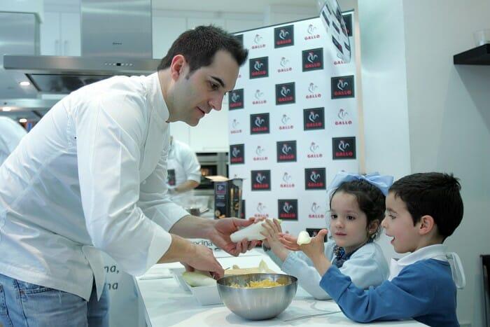 La pasta es un alimento muy aconsejable para los niños, pués les aporta la energía necesaria para su crecimiento y actividad