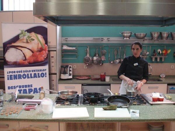 """El día 29 de Abril se presentó la campaña """"Disfrutálo"""" de Philadelphia en la Escuela de Cocina El Carnaval de Iria Castro"""