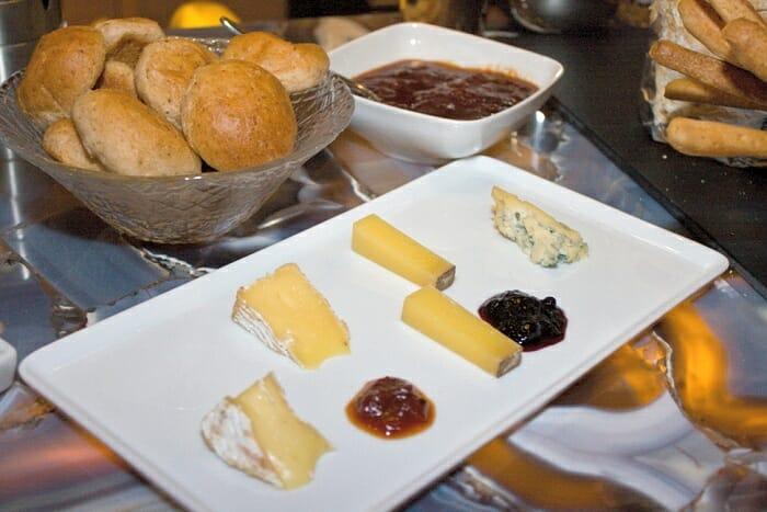 Cata de quesos franceses en le cabrera con viva les for Guisos franceses