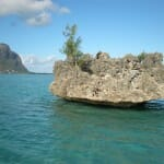 Isla Benitiers y, al fondo, Le Morne