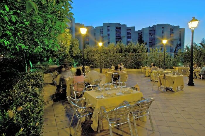 Terrazas de verano comer y beber bajo las estrellas comer for Terrazas japonesas
