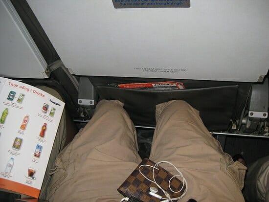 Las reducidas dimensiones del asiento pueden ser perjudiciales en vuelos largos