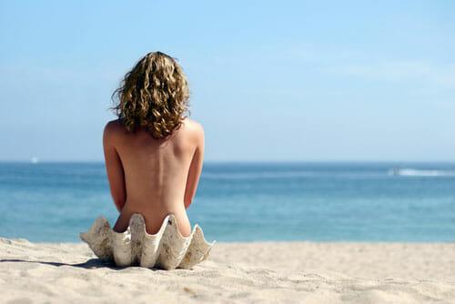Algunos destinos nudistas son especialmente curiosos y divertidos