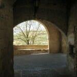 Arco de entrada a Labraza