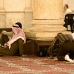 Rezando en la Gran Mezquita
