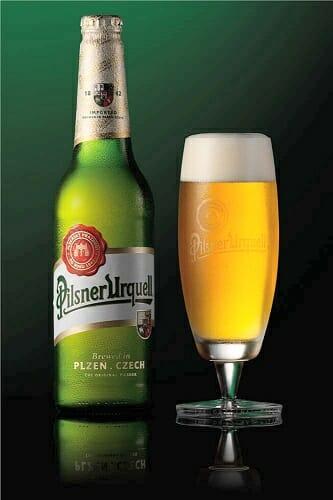 Pilsner Urquell ha conseguido mantenerse con el paso del tiempo como la cerveza de referencia por su sabor y color característicos