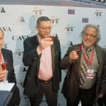 El alcalde de Madrid madrugó para brindar y despedir al AVE en Atocha
