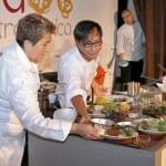 Ly Leap, con Montse Estruch como ayudante improvisada, cerró el día con una interesante ponencia sobre cocina asiática con setas