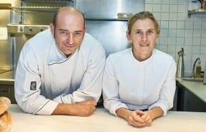 Juanjo Pérez y Yolanda León en la cocina vista de Cocinandos