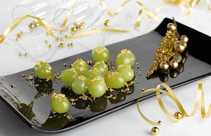Uvas naturales con oro comestible de 22 quilates para Nochevieja