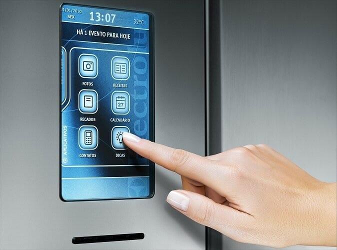 El panel tactil de I-Kitchen da acceso a sus novedosas funciones