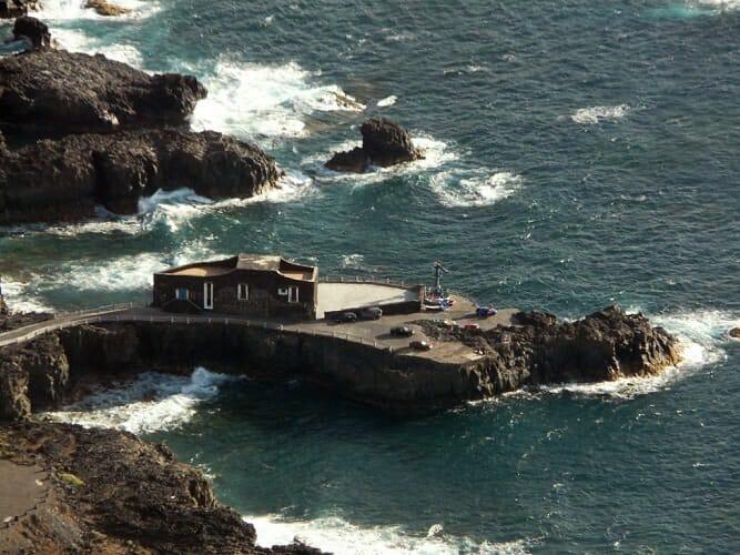 El hotel más pequeño del mundo es el Puta Grande, situado en la isla de El Hierro