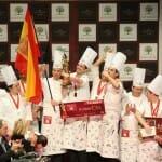 El equipo español celebra su triunfo en la Copa Mundial de Pastelería