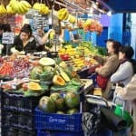 Detalle de una de las fruterías de La Boquería