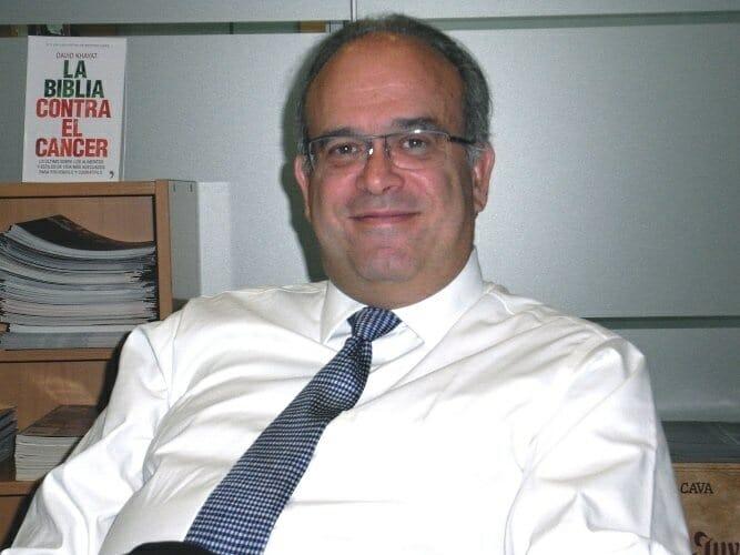David Khayat habla en su libro sobre los alimentos y estilos de vida más adecuados para prevenirlo y combatir el cáncer