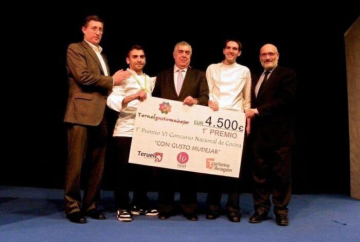 """Foto de familia de los premiados en el VI Concurso Nacional de Cocina """"Con Gusto Mudéjar"""""""