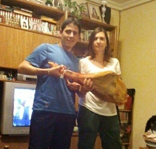 Este mes sorteamos un Jamón de Teruel más y además te enseñamos a «Cortar Jamón»