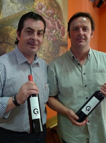 Luis Vivas, gerente de COVINCA, y Norrel Roberston