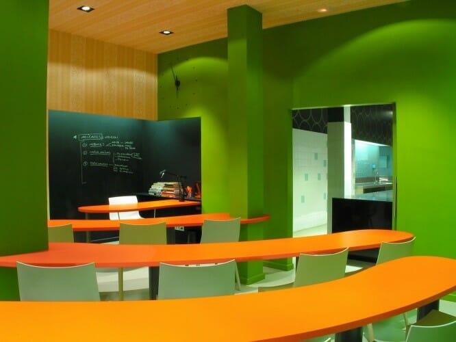 Detalle de una de las aulas de la Escuela de postres Espaisucre de Barcelona
