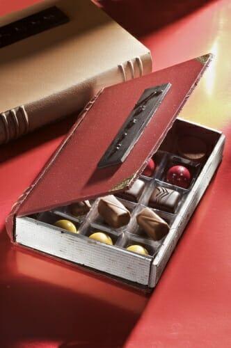 Caja-libro de bombones comestible
