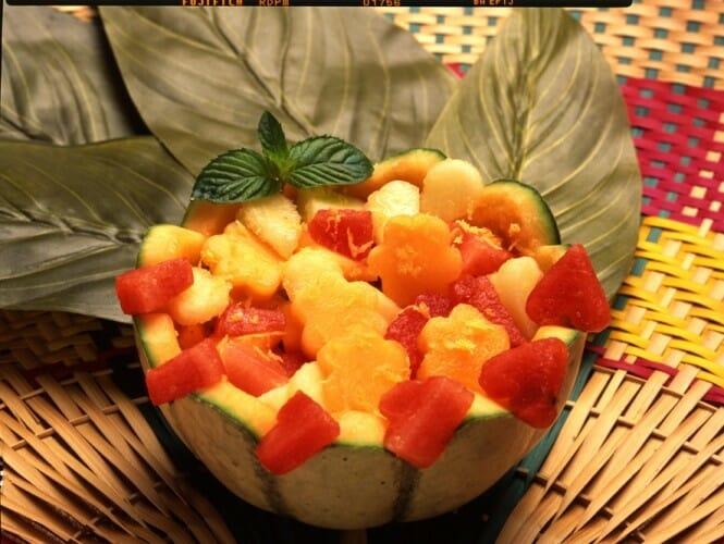 Macedonia de frutas al limón