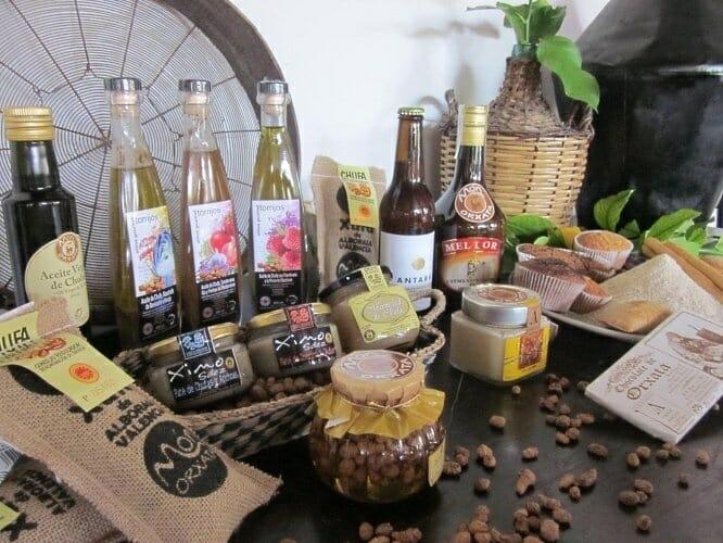 Imagen de la gama de nuevos productos derivados de la horchata y la chufa que se han presentado hoy