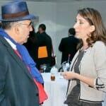 Abraham García conversa con la Directora de Comunicación de la Editorial Trea, Lola Martín